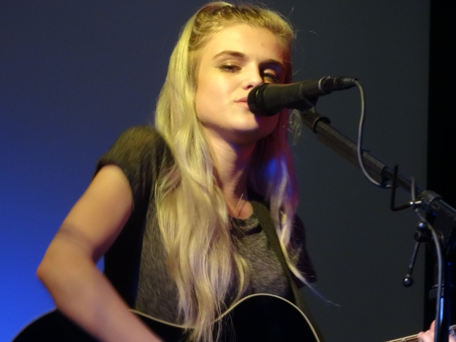 Sarah Barrios. Gwens pic